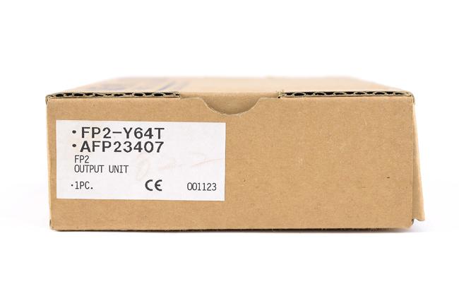 NAIS 出力ユニット FP2-Y64T (00年11月製)