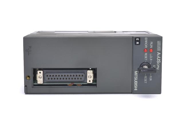 三菱 CPUユニット A2USCPU (96年1月製・ER)