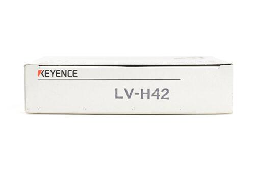 キーエンス デジタルレーザセンサヘッド(反射型・エリアタイプ) LV-H42 (12年7月製)