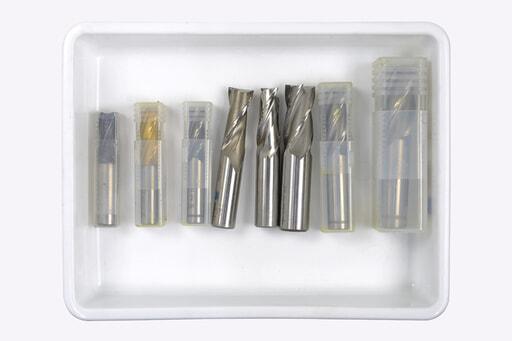 いろいろなエンドミル 8本入り (刃径:Φ14~30mm)