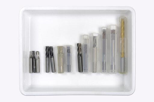 いろいろなエンドミル 13本入り (刃径:Φ3.2~12.2mm)
