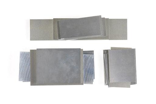 いろいろなアルミ板(A7075相当品) 板厚12mm(約90×253mm以下) 約4.4kg入り