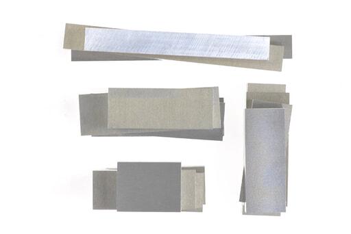 いろいろなアルミ板(A7075相当品) 板厚15mm(約44×203mm以下) 約2.4kg入り