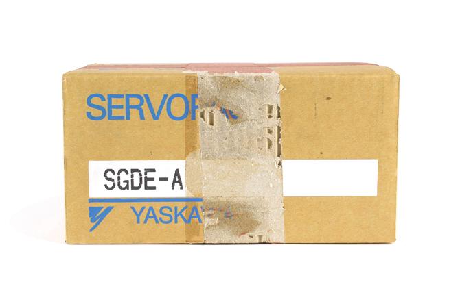 安川電機 ACサーボパック SGDE-A5BP (00年12月製)
