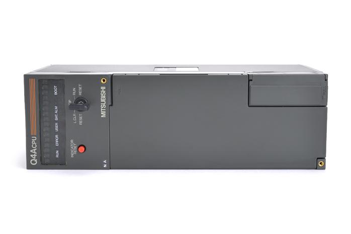 三菱 CPUユニット Q4ACPU (03年2月製・NA)